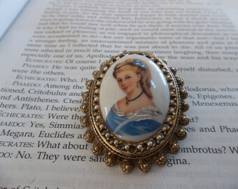 Vintage Limoges Cameo Brooch, Pin or Pendant