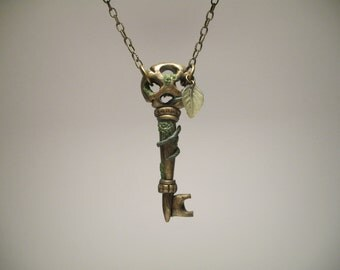 Brass Skeleton Key Necklace - Secret Garden