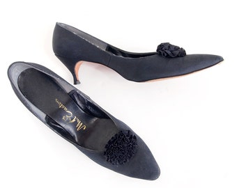60s Black Fabric Pumps with Florets 8N