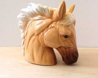 The Palomino Horse. Charming vintage planter.