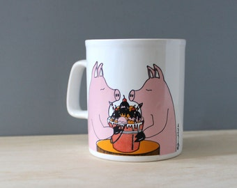 Pigging out Pigs. Vintage 1970s mug, made in Staffordshire England.