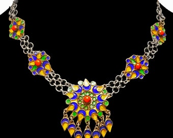 Lovely Vintage Moroccan Enamel Necklace