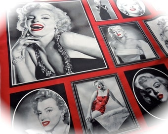 Marilyn Monroe Hollywood Icons Cotton Fabric Panel in Red by Robert Kaufman