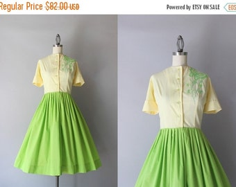 STOREWIDE SALE Vintage 50s Dress / 1950s Colorblock Butterfly Dress / 1960s Cotton Shirtwaist Dress