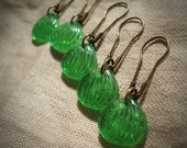 Stitch Markers: 5 Vintage Pressed Glass Stitch Markers