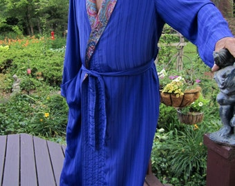 Finished/Item #100M / Manly Mens Lounging Robe/Power Down & Relax/Finished and Ready To Ship/Size Large