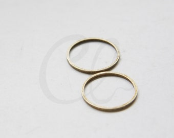 4pcs Antique Brass Flat CLOSED Ring - Link - Loop 18x1mm (3023C-M-401)