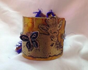 Queen cow etched metal cuff women's bracelet