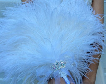 Luxurious Ostrich Feather Bridal Fan