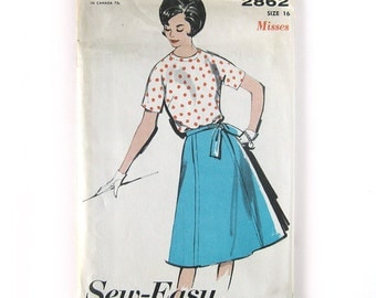 1960 Vintage Sewing Pattern - Misses Wrap Skirt and Back-Buttoning Blouse - Mod Skirt Pattern / Advance 2862 // Uncut FF / Size 16