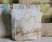 Coin purse heart antique linen vintage trims
