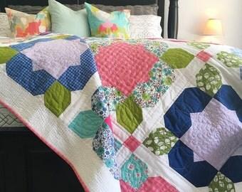 Flower Girl quilt, girl quilt, flower quilt, twin quilt, baby quilt, nursery quilt, lap quilt, heirloom quilt, flower blanket, bed quilt