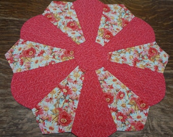 Coral Wild Flowers Table Topper Reverses to 4th of July Patriotic American Flags