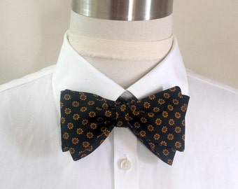 Little Yellow Flowers Bowtie