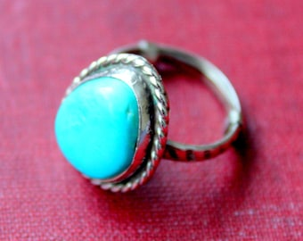 Turquoise Sterling Ring Silver SIZE 6 3/4 Native American Boho Southwest Squash Blossom Vintage