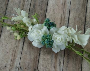 White Flower Hair Clip, Bridal hair piece, Rustic Wedding Hair Flowers, Bohemian Wedding Headpiece