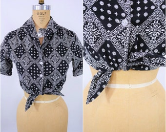 1960s crop top | black cotton bandana print tie waist cowgirl crop top | vintage 60s top | W 30""