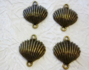 4 Seashell Connector Antique Bronze Charms