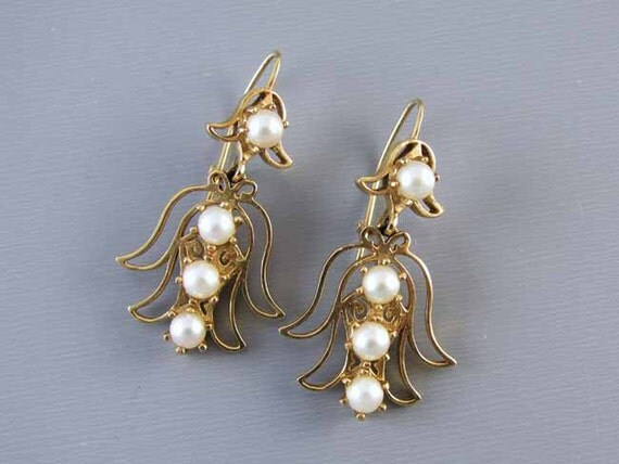 Vintage estate 14k gold genuine cultured pearl angel pierced earrings