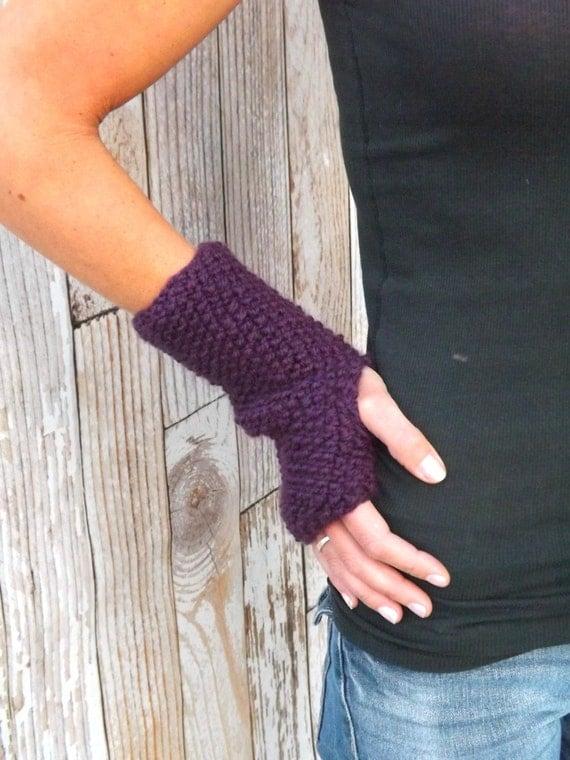 Texting Gloves Knitting Pattern : KNITTING PATTERN - The Serenity Fingerless Gloves Pattern - Knit Fingerless M...