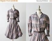 SALE 1980s Vintage Dress / Full Skirt / Secretary Dress / Cotton Day Dress / Shirtwaist Dress