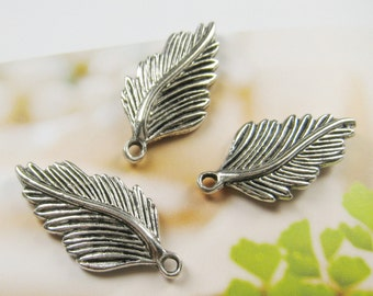 20 pcs -30mm - Antique silver plated leaf charm (CM035)