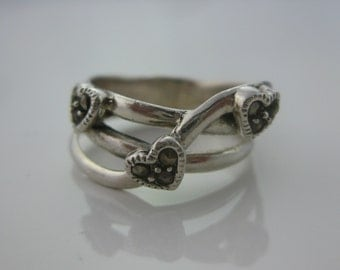Size 6.5 Vintage Three Heart Sterling Silver Marcasite Ring