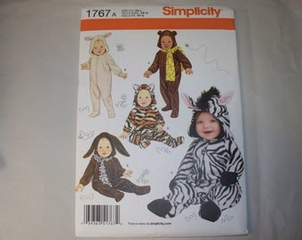 New Simplicity Babies' Costume Pattern, 1767 (Free US Shipping)