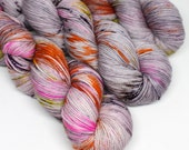 Hand Dyed Speckled Sock Yarn - SW Sock 80/20 - Superwash Merino Nylon - 400 yards - Killer Queen