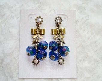Lovely Vintage Gold Tone Murano Dangle Earrings