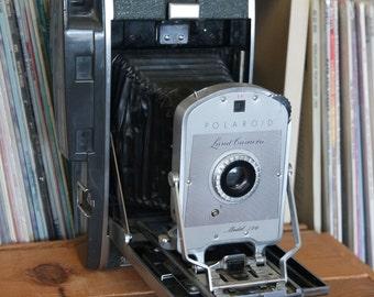 Midcentury Polaroid Model 150 Land Camera