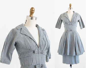 vintage 1950s dress / 50s dress / Black and White Gingham Wiggle Dress by Suzy Perette
