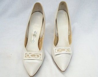 50% Off Sale Size 8 White Leather Stiletto Pumps 50s 60s Smartaire Sequins Beads Bridal Wedding