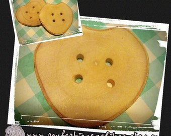 2 inches Heart shaped wood buttons - reclaimed wood - natural wood