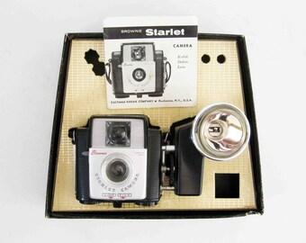 Vintage Kodak Brownie Starlet Camera with Original Box. Circa 1950's.