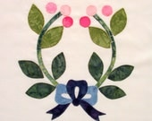 Quilt Block Appliqued Wreath with Bow Baltimore Album Style