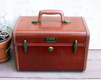 Collectible Leather Samsonite Train Case...Travel Case