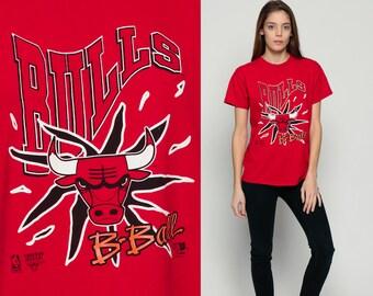 Chicago Bulls Shirt Basketball T Shirt NBA 90s TShirt B-Ball Sports Shirt Vintage 1990s Graphic Tee Retro Oversized Red Large