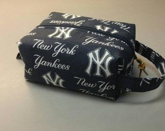 New York Yankees handmade toiletry kit, shave kit, makeup bag, dopp kit
