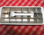 Vintage Ice Cube Tray, Westinghouse, Silver Metal, Mad Men, On The Rocks, Retro, Mid Century, Cocktails, Lift Up Lever, Summer Retro Party