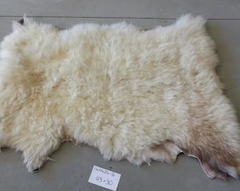 Sheepskin- White Medium Wooled Sheep Hide Lot No. 160626-G
