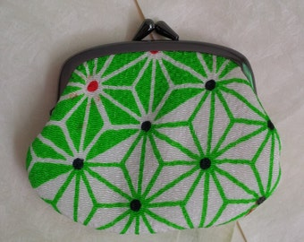 Beautiful Japanese coin purse green white chirimen japanese fabric - Traditional japan mini clutch for coins - wallet - Vintage