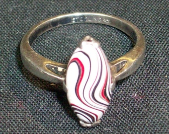 Colorful, Detroit, Motor-City Agate (aka Fordite) set in a Minimalist, Sterling Silver Setting (Vargas) ~ mrfeld ~ FR136