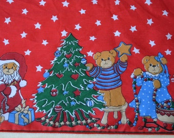 Vintage Lucy & Me Christmas Tablecloth - 54 x 70 Lucy Rigg