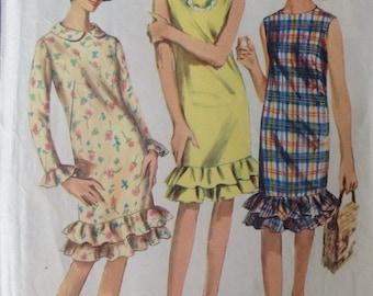 Vintage 60s Simplicity 6385 Dress  • size 10