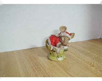 Christmas Resin Mouse Sleeping in Teacup/Holiday Decor*