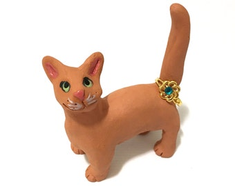Ceramic Cat Ring Holder, Hand-Built Green-Eyed Cat Sculpture