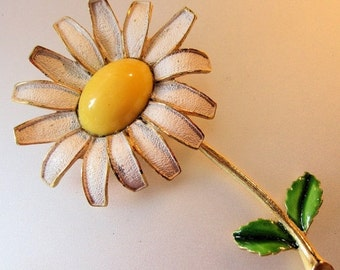15% OFF SALE WEISS Vintage Daisy Flower Brooch Pin Enamel 1960s Jewelry Jewellery