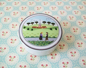 Villeroy and Boch Porcelain Trinket Box, Luxembourg, Design Naif