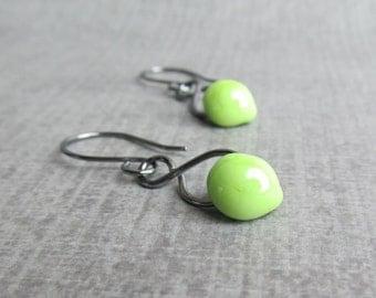 Green Glass Dangles, Green Dangle Earrings, Oxidized Wire Earrings, Green Lampwork Earrings, Oxidized Silver Earrings, Green Earrings